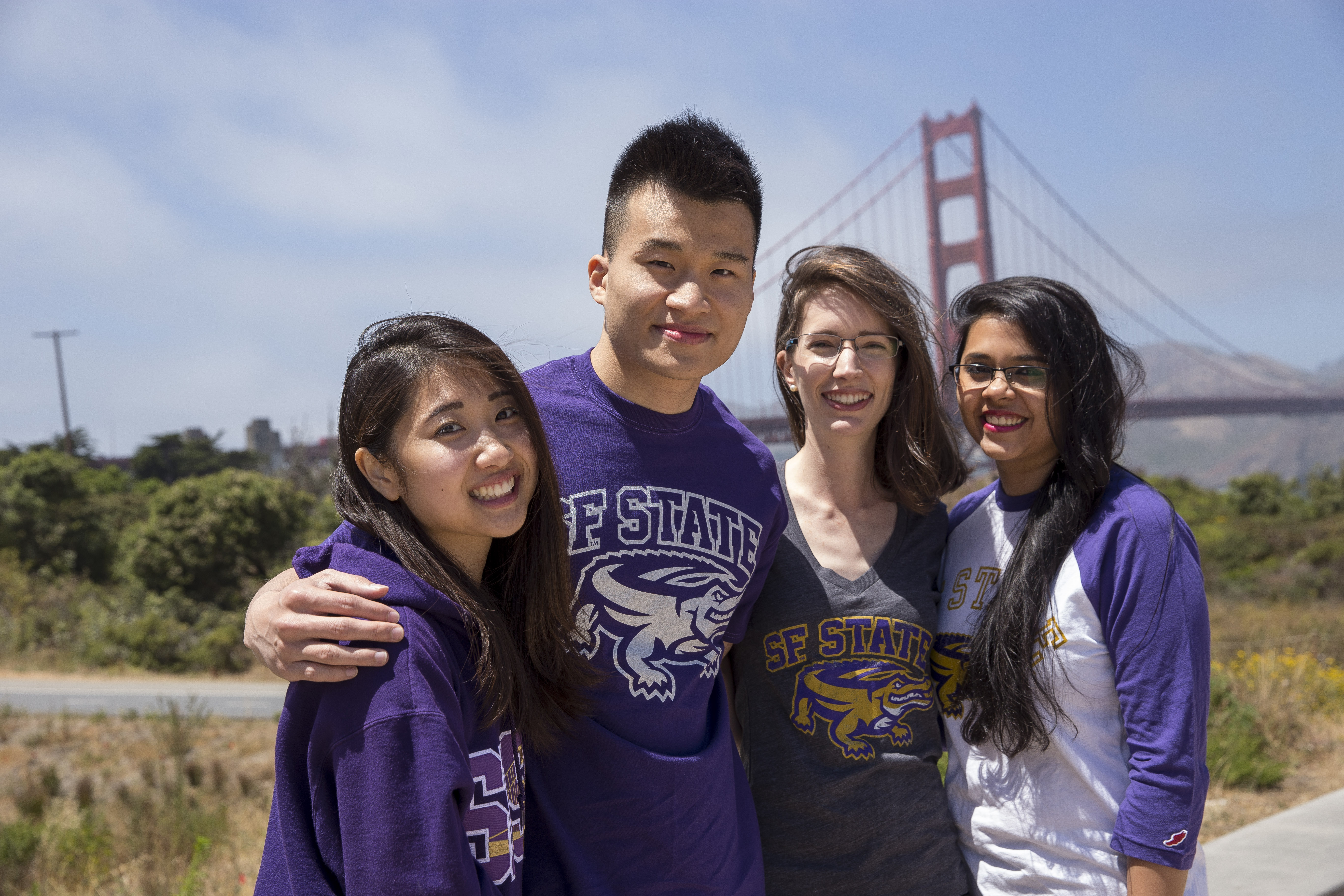Students wearing SF State tshirts